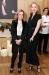 Caroline Scheufele (Chopard) mit Uma Thurman bei der Ausstellung