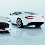 Aston Martin und Buben & Zörweg Object of Time One-77