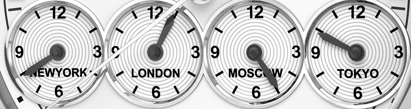 Eberhard Chrono 4 Wall Clock Aufmacher